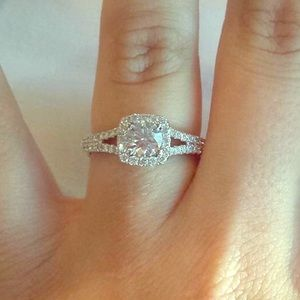 Engagement ring (zales)